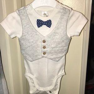 H&M Baby Boy size 1-2 months